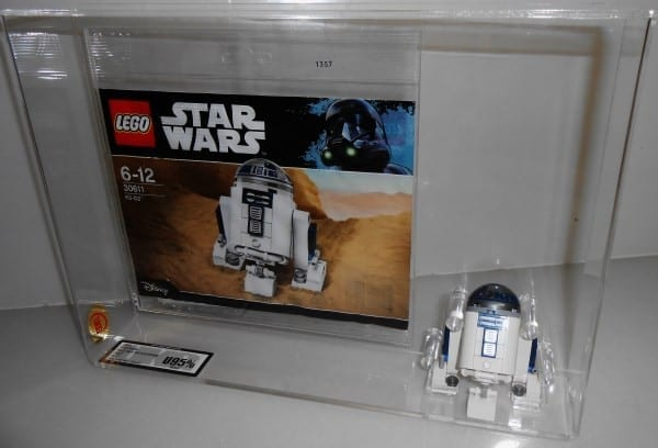 Lego Star Wars R2-D2 May The 4th 30611 Polybag Grading